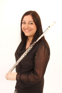 sarah solo flute photo _web